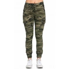 Drawstring Camouflage Cargo Jogger Pants ($38) ❤ liked on Polyvore featuring pants, pocket pants, camouflage pants, camoflage pants, camoflauge pants and camo cuff pants