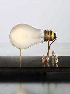 I Ricchi Poveri-Monument for a Bulb #verlichting #interieur www.ingo-maurer.com www.meijerwonen.nl