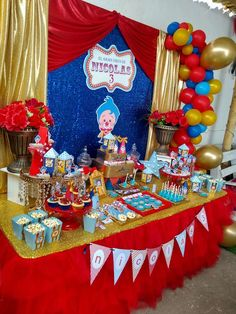 2 Birthday, Birthday Themes For Boys, Baby Boy Birthday, Circus Birthday, Birthday Party Themes, Birthday Ideas, Carnival Party Decorations, Carnival Themed Party, Carnival Birthday Parties