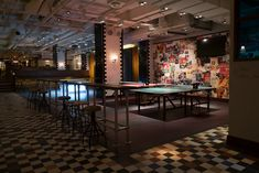Bounce in London is a ping pong restaurant and bar concept based at the site where Ping Pong was first invented in Holborn. This fantastically fun restaurant bar intends to marry table tennis with British inspired cocktails and delicious wood fired pizza.