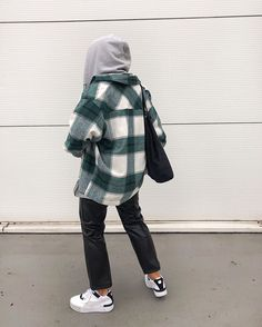 Best Picture For dope outfits classy For Your Taste You are looking for something, and it is going t Winter Fashion Outfits, Fall Winter Outfits, Look Fashion, Autumn Winter Fashion, Trendy Outfits, Mein Style, Winter Fits, Mode Vintage, Mode Inspiration