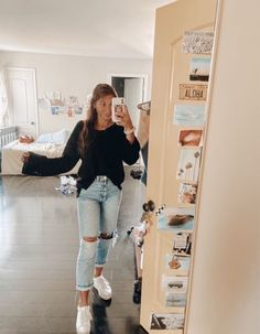 teenager outfits for school * teenager outfits ; teenager outfits for school ; teenager outfits for school cute Outfits Teenager Mädchen, Teenage Outfits, Teen Fashion Outfits, Mode Outfits, Girl Outfits, 90s Fashion, Fall Fashion, Casual School Outfits, Cute Comfy Outfits