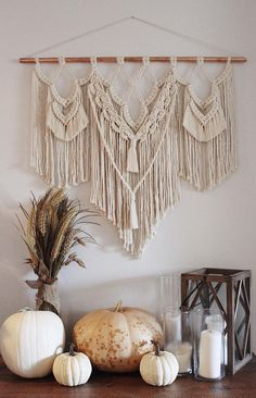 Stinson Studio is home to unique modern macramé gift sets and home décor. Let me add some texture to the most special co Macrame Wall Hanging Diy, Macrame Art, Macrame Projects, Macrame Knots, Deco Boheme, Boho Home, Macrame Design, Macrame Patterns, Quilt Patterns