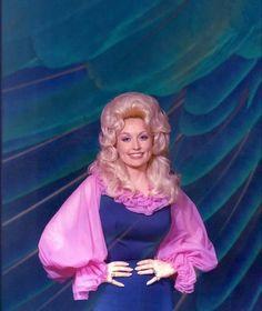 Country Singers, Dolly Parton, Vintage Colors, Baddies, Movie Stars, Aurora Sleeping Beauty, Disney Princess, Celebrities, Ms
