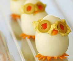 Huevos duros que son búhos o lechuzas