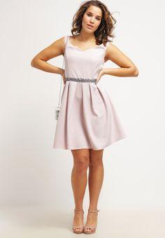 19 besten Kleider Bilder auf Pinterest   Dress skirt, Low cut ... 8afa0b21d8