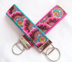 Wristlet+Key+Fob+Key+Chain+in+Kaleidescope++by+MomNMiaQuilts,+$5.00
