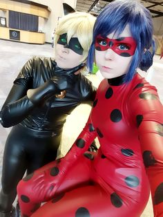 Chat Noir and Ladybug from Miraculous Ladybug Cosplays --- They look on fleek, but how does that fabric not hurt?!