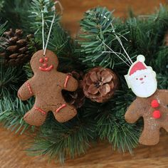 How to Make Gingerbread Christmas Ornaments