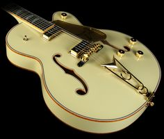 Gretsch Custom Shop Masterbuilt Stephen Stern '57 Falcon Electric Guitar Desert Sand