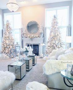 Enchanting White Christmas Home Decor Elegant Christmas, Pink Christmas, Beautiful Christmas, Christmas Home, Christmas Holidays, Christmas Trees, Christmas Villages, Victorian Christmas, Outdoor Christmas