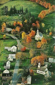 Strafford, Vermont. Love these simple, elegant buildings. National Geographic | July 1974