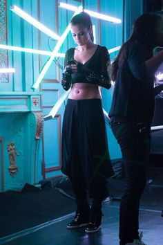 Selena Gomez - Behind the scenes of her new music video 'Slow Down'