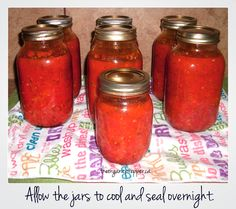 How to can your own homemade marinara sauce.