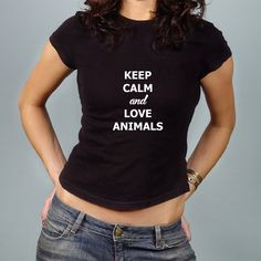 Keep Calm and Love Animals. Cada playera ayuda a rescatar un animal de la calle.