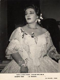 Una sola, memorabile, interpretazione di Violetta alla Fenice per Maria Callas. Risale al 1953