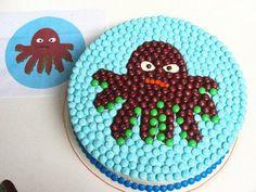 m decorated cake
