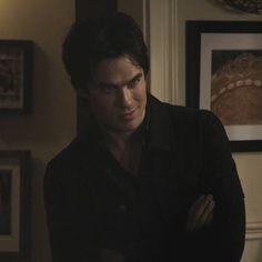 Vampire Diaries Damon, Vampire Diaries Funny, Vampire Dairies, Daimon Salvatore, Mystic Falls, Ian Somerhalder, Hot Boys, Vampires, Supernatural