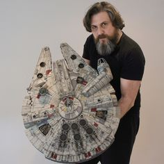I am so pleased to see builds of the DeAgostini studio scale Millennium Falcon being completed!