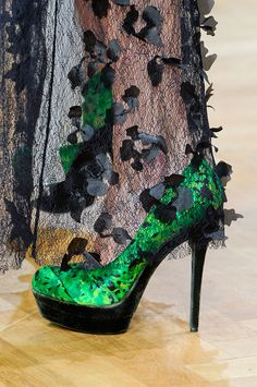 Shoes in Emerald