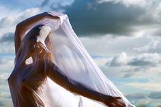 #air #freedom #glamour #fashion #portrait  www.lucascutigliani.com