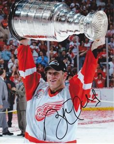 Brett Hull Autographed Detroit Red Wings 8x10 Photo by Real Deal Memorabilia. $67.95. Brett Hull has personally hand signed this 8x10 Photo. This item comes with The Real Deal Memorabilia authenticity sticker on the photo and a Certificate of Authenticity. Get The REAL DEAL!