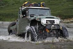FJ45 Land Cruiser Hybrid on the Alaska Trek