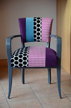 85 Fauteuil Bridge-Patchwork Chair Upholstery, Sofa Chair, Upholstered Chairs, Funky Furniture, Upcycled Furniture, Interior Wallpaper, Stylish Chairs, Funky Design, Minimalist Decor