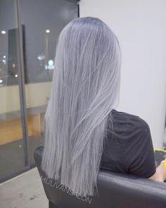 Silver Blue Hair, White Ombre Hair, Grey Hair Wig, Ombre Hair Color, Icy Blue Hair, Silver Hair Tumblr, Purple Grey Hair, Ash Ombre, Pastel Blue Hair