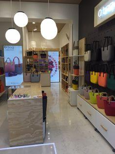 Apre le porte l' #Obag store di Milano di corso Vercelli: Orari: Lun. 15.30-19.30 Mar.-Sab. 10.00-19.30 Dom. chiuso Telefono è 0248005443. #Bags #NewCollection #fw15