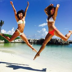 Eva Longoria's Bikini Body Proves That Every Season Is Bikini Season