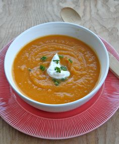 Butternut Squash Soup: Easy Crock Pot Recipe