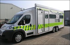 Emergency Ambulance, Emergency Vehicles, Police, Automobile, Ford, Fire Equipment, Engin, Commercial Vehicle, Small Cars