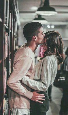 Romantic Couple Pose Ideas For Photography You Must Know; Lovely C… Romantic Couple Pose Ideas For Photography You Must Know; Cute Couples Photos, Cute Couple Pictures, Cute Couples Goals, Couple Photos, Love Pics, Couple Ideas, Beautiful Pictures, Cute Couples In Bed, Cutest Couples