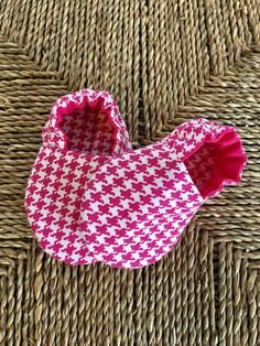 Baby Girl Shoes-Crib Shoes-Soft Sole Baby Shoes-Baby Booties-Bootie-Baby Shower Gift-Baby Gift-Baby Moccs-Baby Moccasins-Pink-Houndstooth