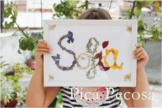 Haz un cuadro de tu nombre con flores secas | Manualidades