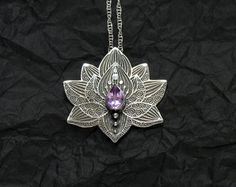 Lotus Pendant Water Lily Necklace Silver Flower por spaceweaver