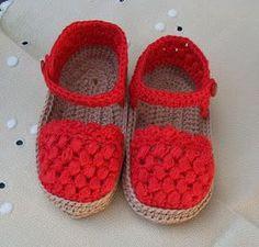 "SANDALIAS TIPO ""ALPARGATA"" DE BEBÉ DE PRIMERA POSTURA DE HILO, COLOR ROJO, TEJIDAS EN GANCHILLO MI TIENDA EN ARTESANUM ... Baby Shoes Pattern, Crochet Baby Sandals, Cute Baby Shoes, Booties Crochet, Baby Girl Crochet, Crochet Baby Shoes, Crochet Baby Clothes, Crochet Slippers, Crochet For Kids"