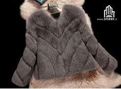 Nuovo arrivo 💥💥 Pelliccia Palmyra ❤ solo pelliccia ecologica top quality 😁🔝🔝  SHOP: dream-shop.it/parka-urban-donna.html#pellicciotti