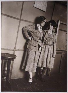 Alexander Rodchenko. Lilya Brik et Louella Krasnoshchekova. Date de 1924. MAMM / MDF. Russiainphoto.ru