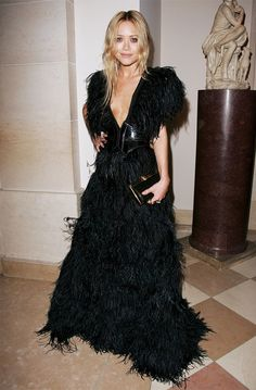 Mary Kate Olsen, 2007 Met Gala in a gorgeous feathered low-cut gown.