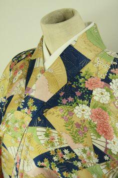 Navy, komon kimono / 紺地 雅やかな扇花柄 小紋