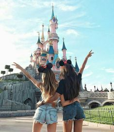 Disneyland Photos 2019 - Visit disneyland with your bff. Share with your friends. Visit disneyland with your bff. Share with your friends. Visit disneyland with your bff. Share with your friends.