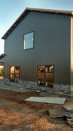 Best Rustic Red Siding And Burnished Slate Colored Roof Barn 400 x 300