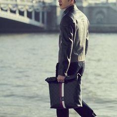 #井柏然 #JingBoran #징보란 #정백연 #model #actor #louisvuitton