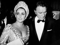 Elizabeth Taylor looking timeless in a jeweled turban