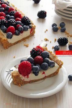 Fruit tart without cooking Italian Desserts, Köstliche Desserts, Dessert Recipes, Refreshing Desserts, Delicious Desserts, Yummy Food, Skinny Cookies, Cheesecake, Kolaci I Torte