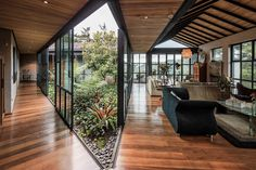 Garden Ideas – Nestled within the mountains, the layout of this modern black house provides a space for an open interior garden. - This Triangular Shaped House Makes Room For An Interior Garden Interior Garden, Home Interior Design, Interior And Exterior, Interior Designing, Exterior Design, Jacuzzi Design, Amazing Architecture, Interior Architecture, Chinese Architecture