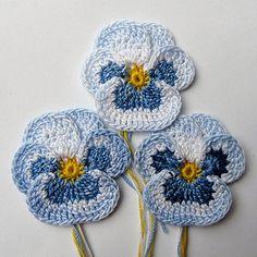 Irish Crochet Pansy Set of 3 Applique Embelishment Decoration Realistic Petals…Crochet Pansies Tutorial Watch The Video Now Knit Or Crochet, Irish Crochet, Crochet Crafts, Yarn Crafts, Crochet Stitches, Crochet Projects, Crochet Flower Tutorial, Crochet Flower Patterns, Knitted Flowers