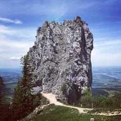 """Gefällt 936 Mal, 2 Kommentare - naninka rösler (@naninkastravelspots) auf Instagram: """"Bei der Kampenwand #kampenwand #fels #gebirge #mountain #alpen #alps #chiemsee #chiemgau #hike…"""""""
